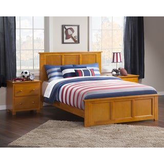 Madison Full Bed with Matching Foot Board in Caramel Latte