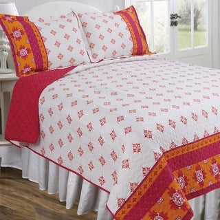 Slumber Shop Neena Magenta Vintage Collection Quilt Set