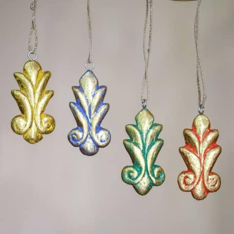 Set of 4 Handmade Albesia Wood 'Festive Fleur-de-lis' Ornaments (Indonesia)