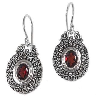 Handcrafted Sterling Silver 'Crimson Fables' Garnet Earrings (Indonesia)