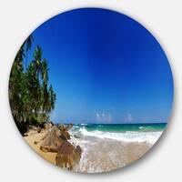 Designart 'Tropical Paradise' Landscape Photo Round Metal Wall Art