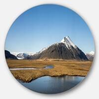 Designart 'Scenic Southern Iceland' Landscape Photo Round Metal Wall Art
