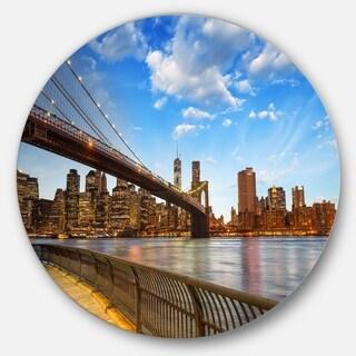 Designart 'Calm Sky Over Brooklyn Bridge' Cityscape Photo Disc Metal Artwork