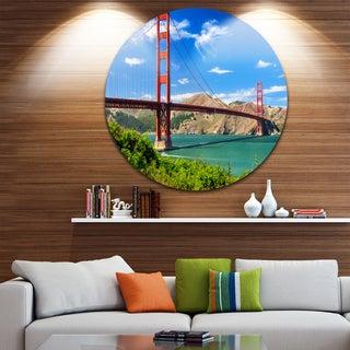 Designart 'San Francisco Golden Gate' Landscape Photo Disc Metal Artwork