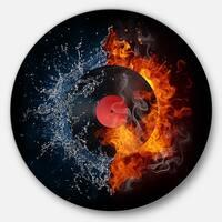 Designart 'Record Abstract' Digital Art Disc Metal Artwork