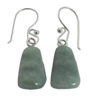 Handcrafted Sterling Silver 'Whirlwind' Jade Earrings (Guatemala)