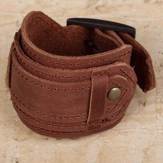 Handcrafted Leather 'Rugged Russet' Bracelet (Peru)