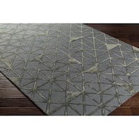 Hand-Tufted Dubois Wool Area Rug (5' x 7'6)
