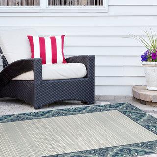 "Signature Home Wyndam Blue Polypropylene Indoor/Outdoor Area Rug (7'10 x 10') - 7'10"" x 10'"