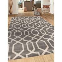 Grey Polypropylene Contemporary Trellis Design Soft Indoor Area Rug - 9' x 12'