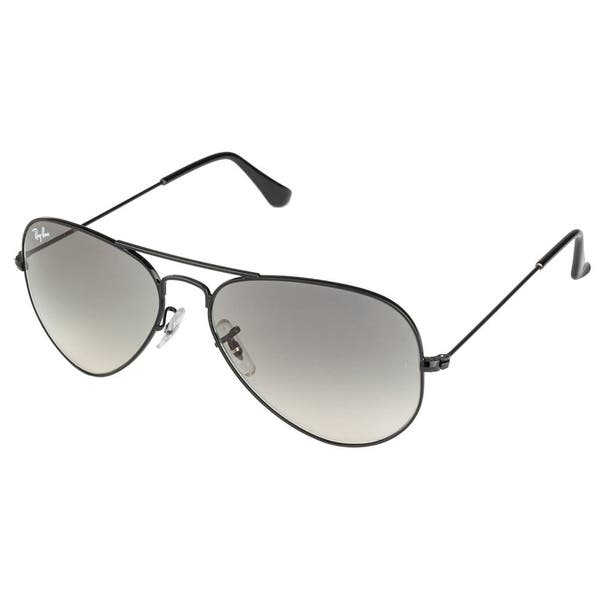f7259c471 Ray-Ban RB3025 002/32 Aviator Black Frame Light Grey Gradient 58mm Lens  Sunglasses
