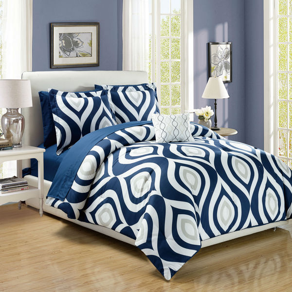 Brooklyn Navy Blue Print 8-Piece Bed in a Bag Set