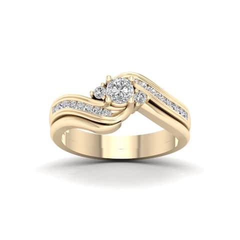 De Couer IGI Certified 14k Yellow Gold 1/2ct TDW Diamond Three Stone Swirl Bridal Set