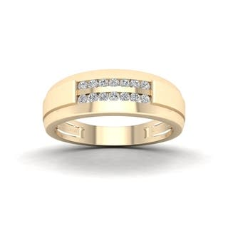 De Couer 10k Yellow Gold 1/4 ct TDW Diamond Men's Wedding Band https://ak1.ostkcdn.com/images/products/14301707/P20884469.jpg?impolicy=medium