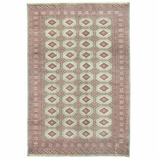 Herat Oriental Pakistani Hand-knotted Bokhara Wool Rug (6'7 x 10'1)