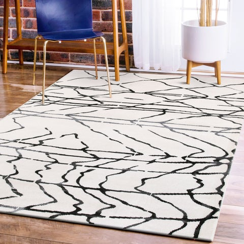 LR Home Matrix Scaffold White / Black Olefin Rug - 5'2 X 7'2