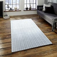 LR Home Kessler Light Grey Indoor Area Rug - 6' x 9'
