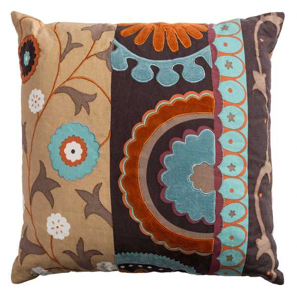 Rizzy Home Medallion with Flourish Cotton Decorative Throw Pillow