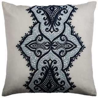 Rizzy Home Medallion Cotton 18-inch x 18-inch Decorative Filled Throw Pillow