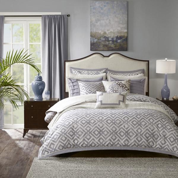 Madison Park Signature Stein Grey/ White Jacquard Comforter Set