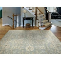 LR Home Kareena Medium Blue Wool Regency Area Rug ( 9' x 12' ) - 9' x 12'
