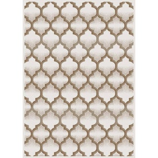 Luxury Collection Cream Polypropylene Geometric Turkish Area Rug (5'3 x 7'3)