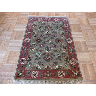 Agra Oriental Green Wool Hand-knotted Area Rug (2'x3')