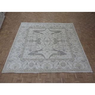 Oriental Ivory Wool Oushak Hand-knotted Rug (9'10 x 10'2)