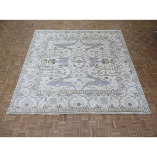Oriental Ivory Wool Oushak Hand-knotted Rug (9'11 x 10'1)