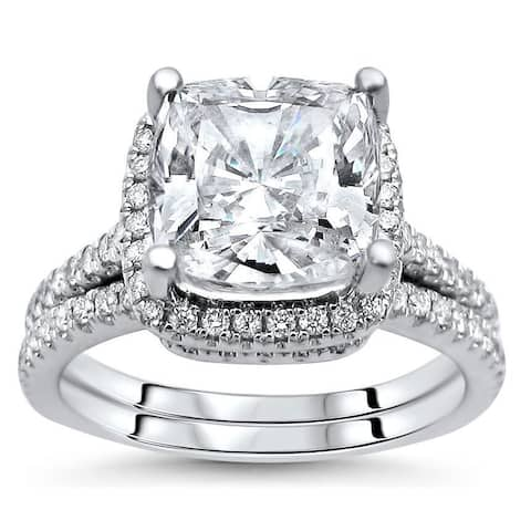 14k White Gold Cushion-cut Moissanite and 1/2ct TDW Diamond Bridal Set (G-H, SI1-SI2)