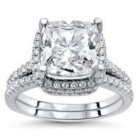 Noori 14k White Gold Cushion-cut Moissanite and 1/2ct TDW Diamond Bridal Set (G-H, SI1-SI2)