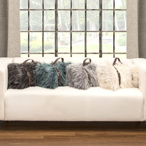 Siscovers Llama Belted Faux Fur Throw