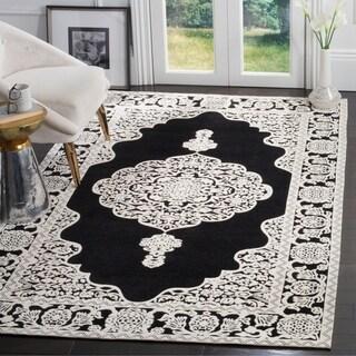 Safavieh Hand-Woven Marbella Flatweave Black / Ivory Chenille Rug (5' x 8')