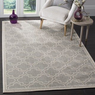 Safavieh Amherst Indoor / Outdoor Light Grey / Ivory Rug (7' Square)