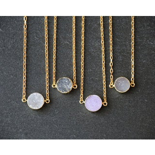 Mint Jules 24k Gold Overlay Agate Druzy Coin Pendant Necklace (20 - 22 inch Adjustable)|https://ak1.ostkcdn.com/images/products/14330827/P20909810.jpg?_ostk_perf_=percv&impolicy=medium
