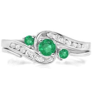 Elora 18k White Gold 1/2 ct Round Green Emerald & White Diamond Bridal Engagement Ring Set (H-I & Green,I1-I2 & Highly Included)