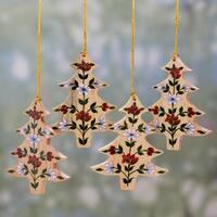 Set of 4 Handmade Kali Wood 'Floral Pine' Ornaments (India)