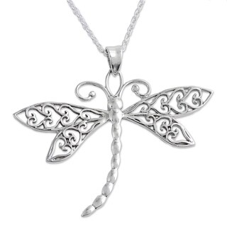 Handcrafted Sterling Silver 'Dazzling Dragonfly' Necklace (India)