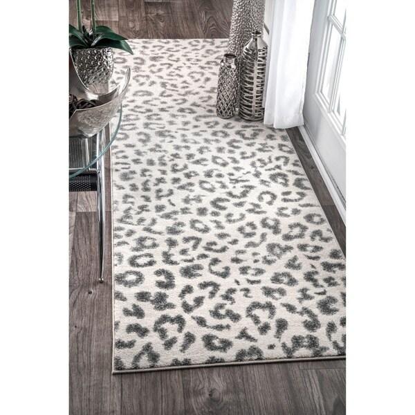 Shop NuLOOM Modern Grey Leopard Spotted Runner Rug