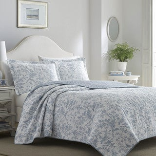 Laura Ashley Amberley Blue Quilt Set (Option: Full)