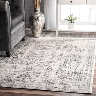 Porch & Den Williamsburg Montrose Distressed Vintage Grey Rug (5' x 8')