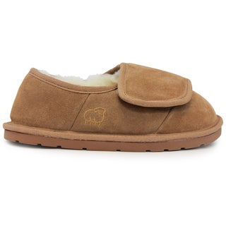 Lamo Women's Brown Suede Closed-toe Sheepskin-lined Slipperfs