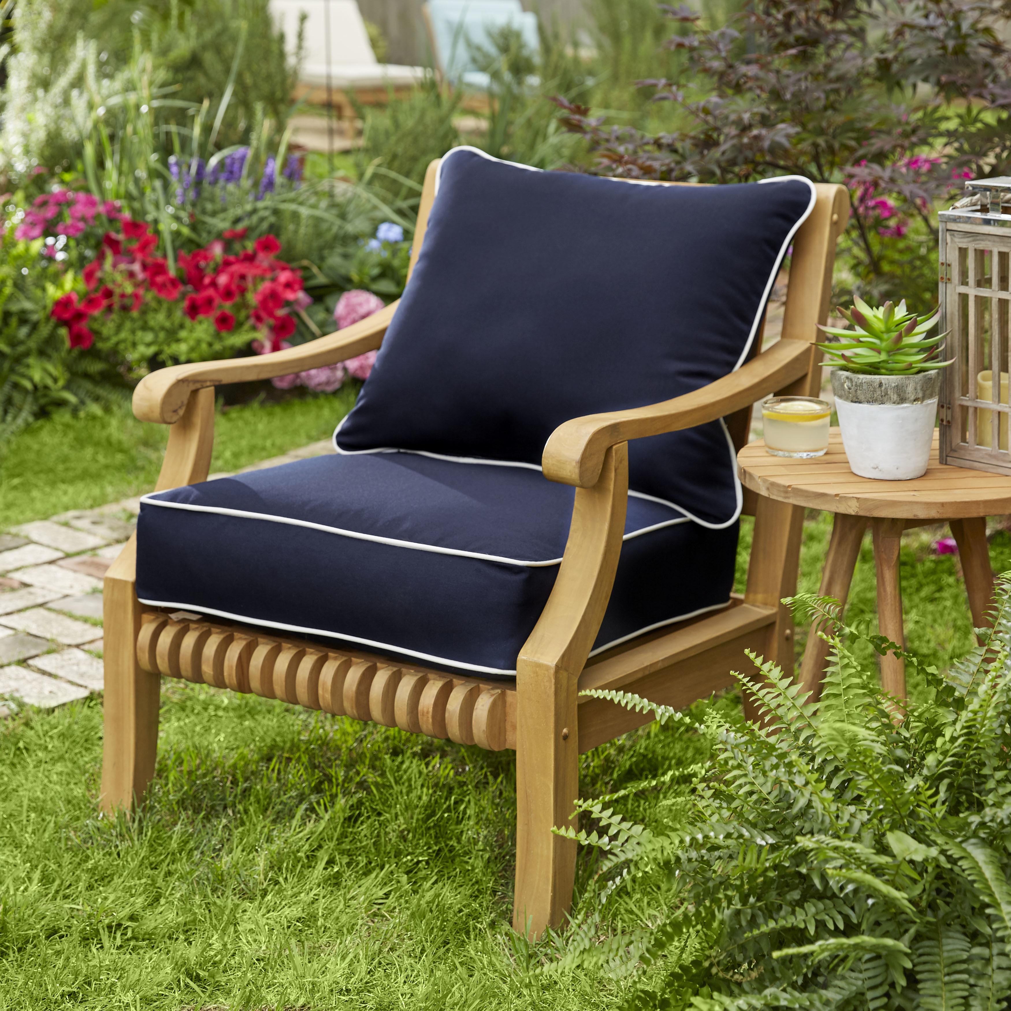 Outdoor Chair Cushion Pillow Set Polyester Fiber Fill Corded Edges  Weatherproof