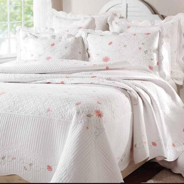 Petals Cotton Quilt