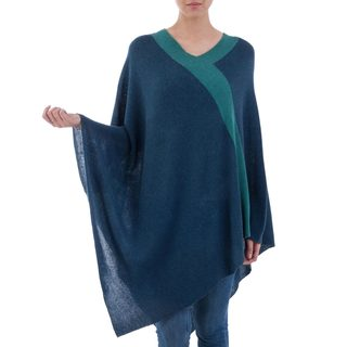 Handmade Acrylic Alpaca Blend 'Blue and Green Beam of Light' Poncho (Peru)