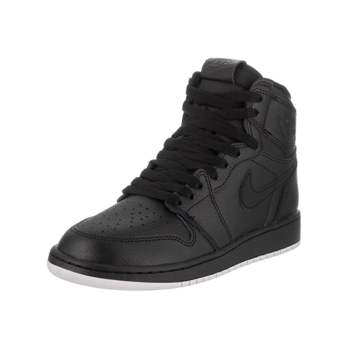 Nike Boys' Air Jordan 1 Retro High OG Bg Black Leather Basketball Shoe (5)