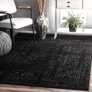 Porch & Den Williamsburg Montrose Vintage Distressed Ring Black Rug (7'6 x 9'6)