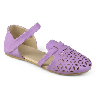 Journee Kid's Girl 'Maeva' Laser Cut Closed-toe Flats