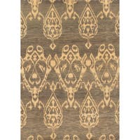 Pasargad Ikat Collection Grey/Beige Hand-knotted Wool Area Rug (4'0 x 5'8)