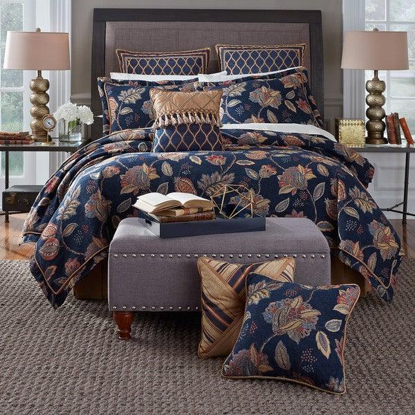 CROSCILL JULIEN Queen Comforter Set NEW